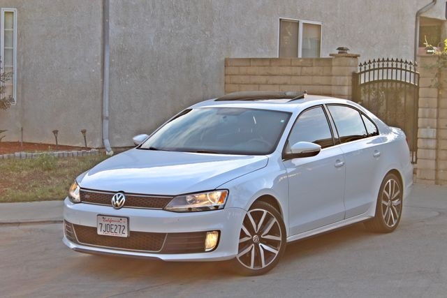 2013 Volkswagen GLI AUTOBAHN 6-SPEED MANUAL 64K MLS LEATHER SUNROOF ALLOY WHLS SERVICE RECORDS Woodland Hills, CA 26