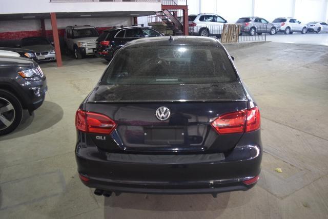 2013 Volkswagen GLI 4dr Sdn DSG PZEV Richmond Hill, New York 3