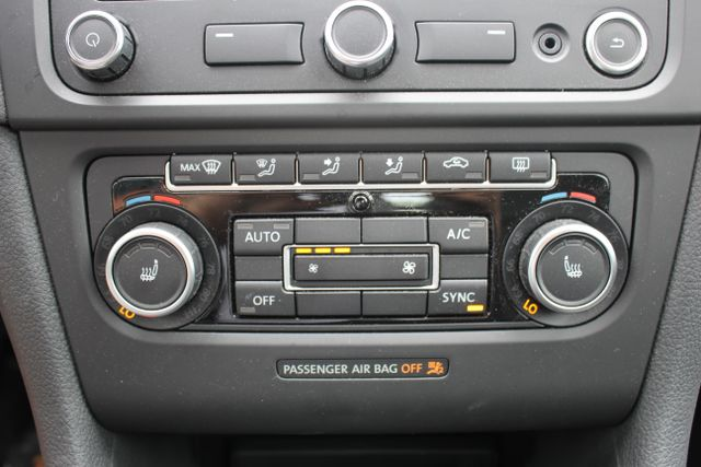 2013 Volkswagen Golf R Sunroof-Navi Mooresville , NC 16