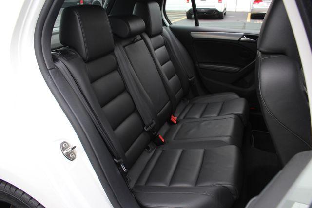 2013 Volkswagen Golf R Sunroof-Navi Mooresville , NC 29