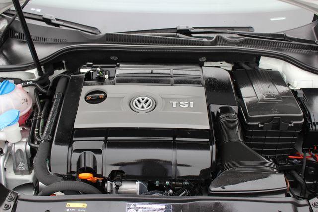 2013 Volkswagen Golf R Sunroof-Navi Mooresville , NC 33