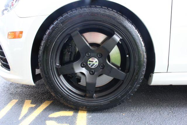 2013 Volkswagen Golf R Sunroof-Navi Mooresville , NC 35