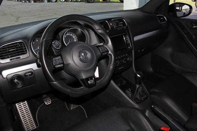 2013 Volkswagen Golf R AWD - TURBO - HEATED SEATS! Mooresville , NC 28