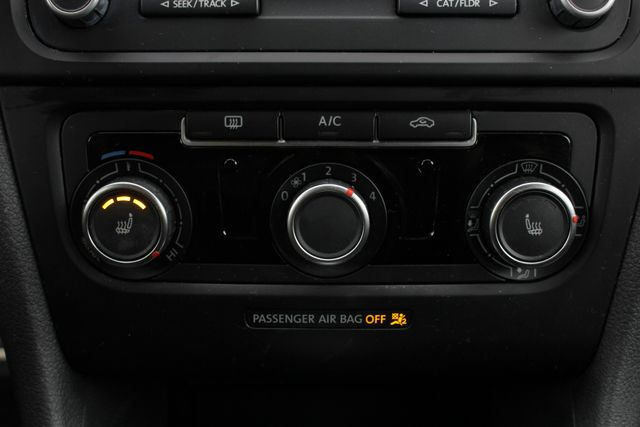 2013 Volkswagen GTI Wolfsburg - TURBO - HEATED LEATHER! Mooresville , NC 32