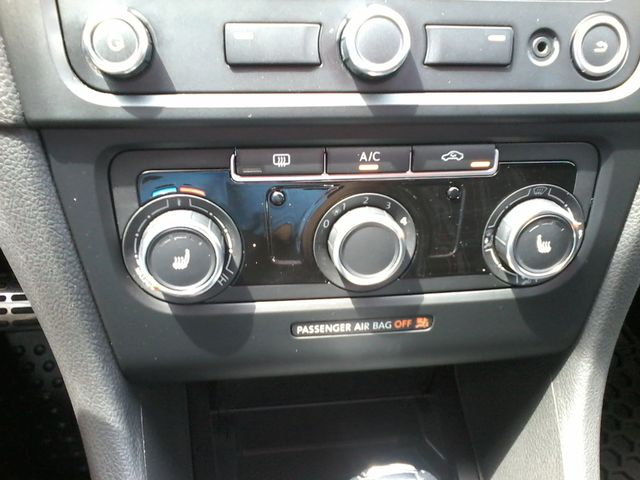 2013 Volkswagen GTI Wolfsburg Edition w/Sunroof & Navi San Antonio, Texas 17