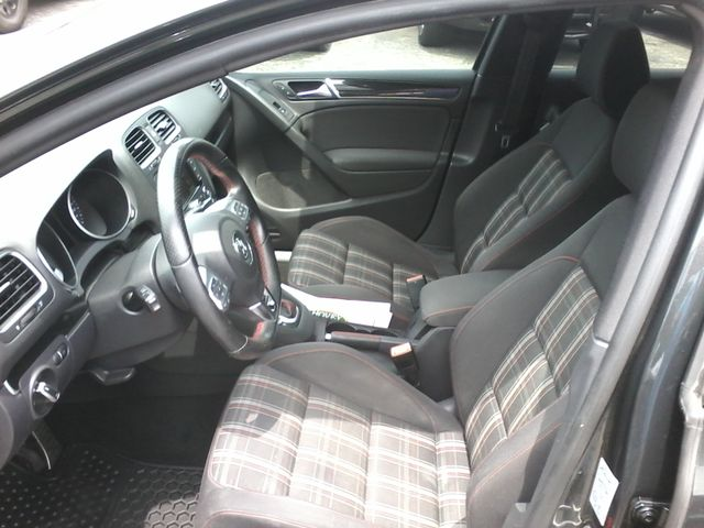 2013 Volkswagen GTI Wolfsburg Edition w/Sunroof & Navi San Antonio, Texas 8