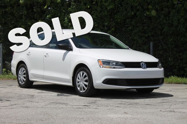 2013 Volkswagen Jetta S  WARRANTY CARFAX CERTIFIED 7 SERVICE RECORDS FLORIDA VEHICLE TRADES