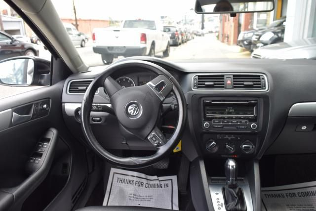 2013 Volkswagen Jetta SE w/Convenience Richmond Hill, New York 7