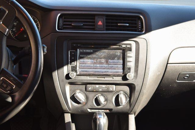 2013 Volkswagen Jetta SE w/Convenience/Sunroof Richmond Hill, New York 19