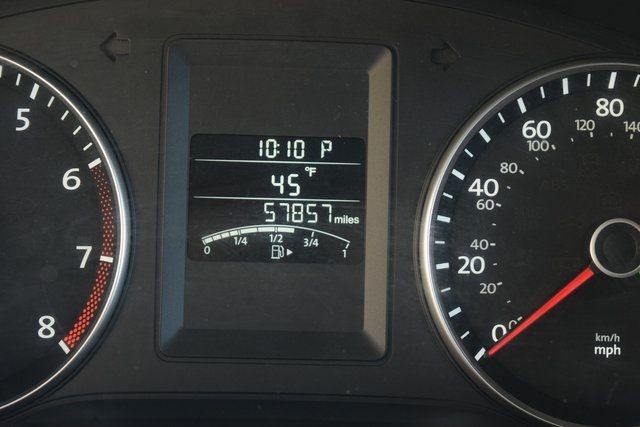 2013 Volkswagen Jetta SE w/Convenience/Sunroof Richmond Hill, New York 26