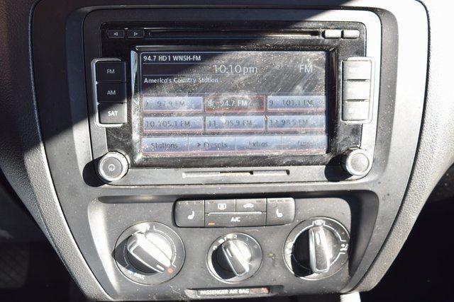 2013 Volkswagen Jetta SE w/Convenience/Sunroof Richmond Hill, New York 27