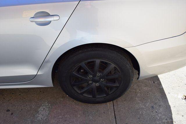 2013 Volkswagen Jetta SE w/Convenience/Sunroof Richmond Hill, New York 6