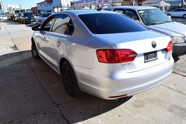 2013 Volkswagen Jetta SE w/Convenience/Sunroof Richmond Hill, New York 7