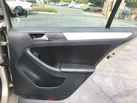 2013 Volkswagen Jetta SE | Santa Ana, California | Santa Ana Auto Center in Santa Ana, California