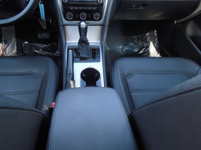 2013 Volkswagen Passat SE w/Sunroof Leesburg, Virginia 18