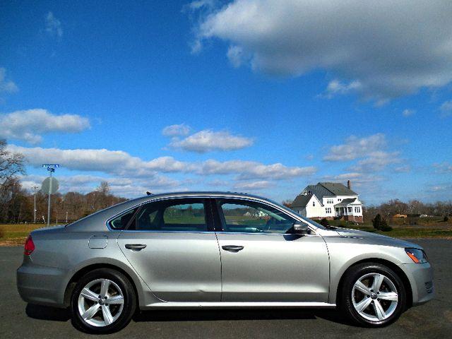 2013 Volkswagen Passat SE w/Sunroof Leesburg, Virginia 4