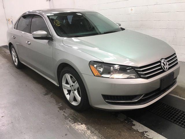 2013 Volkswagen Passat SE w/Sunroof Leesburg, Virginia 1