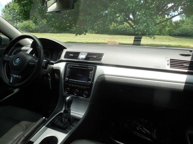 2013 Volkswagen Passat SE w/Sunroof Leesburg, Virginia 14