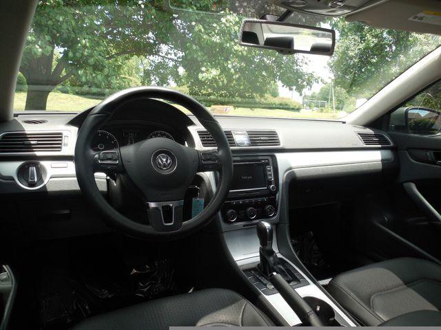 2013 Volkswagen Passat SE w/Sunroof Leesburg, Virginia 13