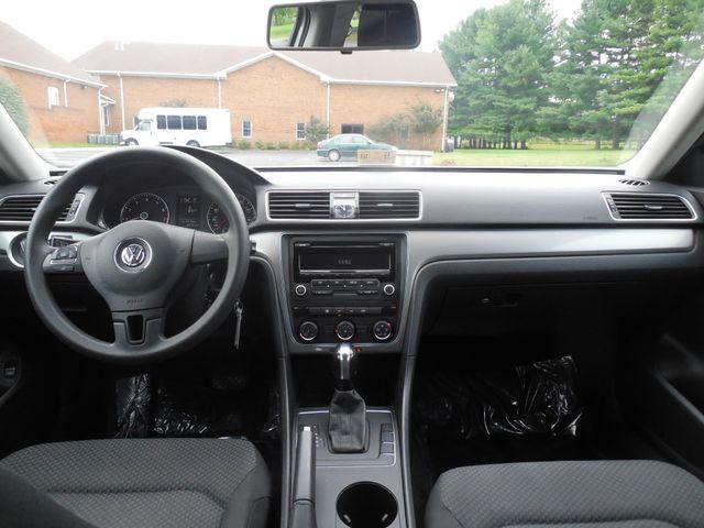 2013 Volkswagen Passat S w/Appearance Leesburg, Virginia 15