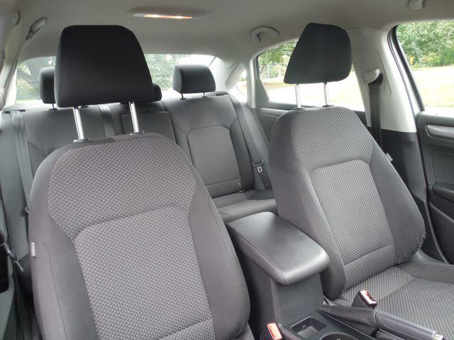 2013 Volkswagen Passat S w/Appearance Leesburg, Virginia 9