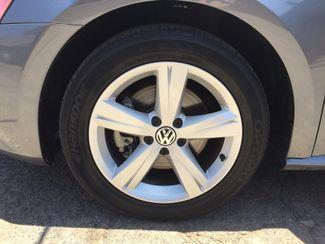 2013 Volkswagen Passat SE w/Sunroof and Navigation 5 YEAR/60,000 MILE FACTORY POWERTRAIN WARRANTY Mesa, Arizona 19