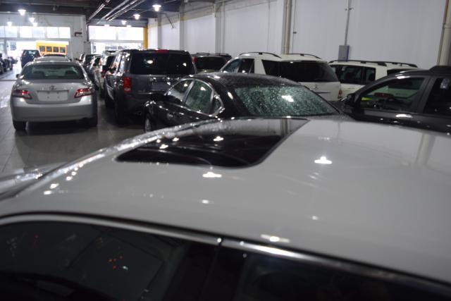 2013 Volkswagen Passat SEL Richmond Hill, New York 4