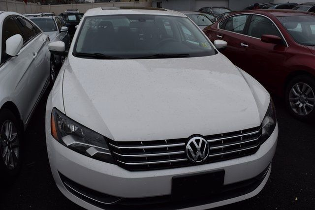 2013 Volkswagen Passat SEL Richmond Hill, New York 1
