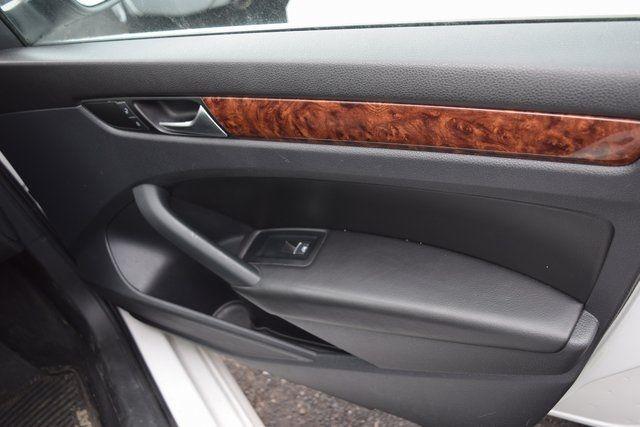 2013 Volkswagen Passat SEL Richmond Hill, New York 16