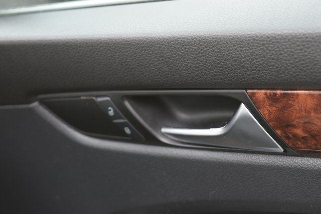 2013 Volkswagen Passat SEL Richmond Hill, New York 17