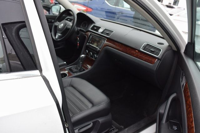 2013 Volkswagen Passat SEL Richmond Hill, New York 18