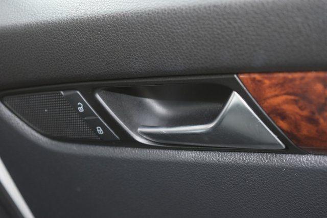 2013 Volkswagen Passat SEL Richmond Hill, New York 21
