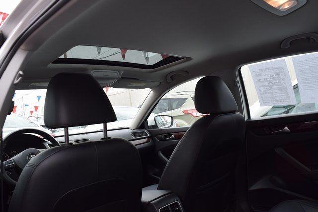 2013 Volkswagen Passat SEL Richmond Hill, New York 24