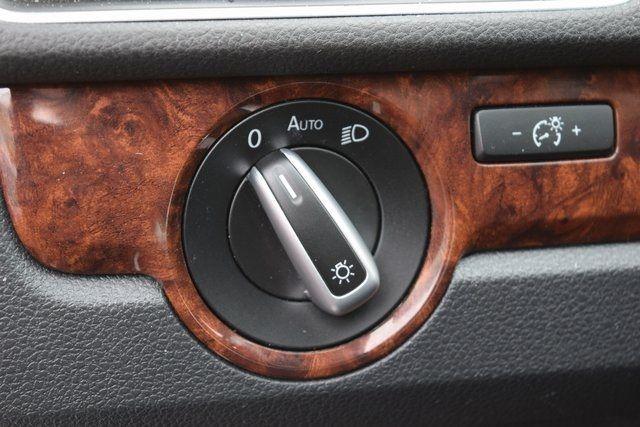 2013 Volkswagen Passat SEL Richmond Hill, New York 29