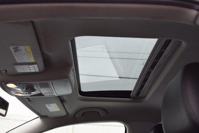 2013 Volkswagen Passat SEL Richmond Hill, New York 31