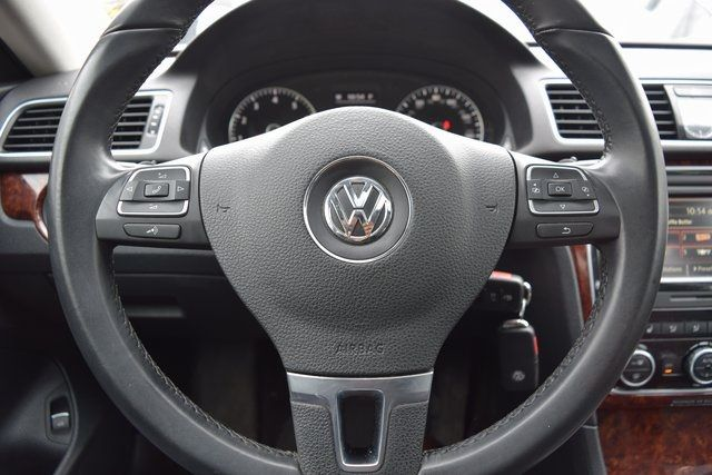 2013 Volkswagen Passat SEL Richmond Hill, New York 33