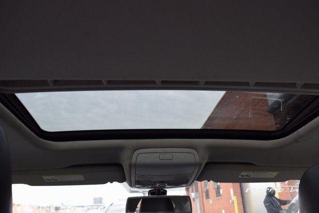 2013 Volkswagen Passat SE w/Sunroof Richmond Hill, New York 13