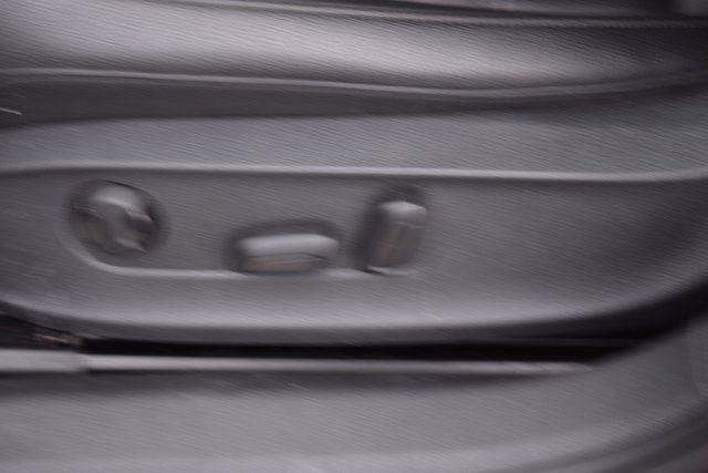 2013 Volkswagen Passat SE w/Sunroof Richmond Hill, New York 20