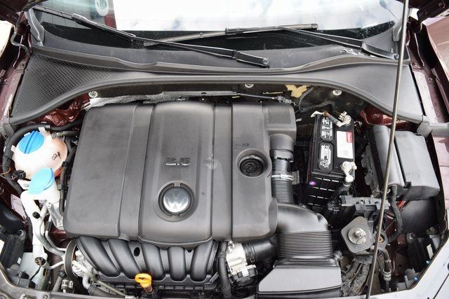 2013 Volkswagen Passat SE w/Sunroof Richmond Hill, New York 30