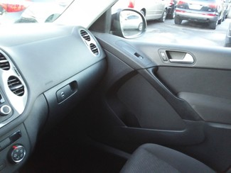 2013 Volkswagen Tiguan S East Haven, CT 19