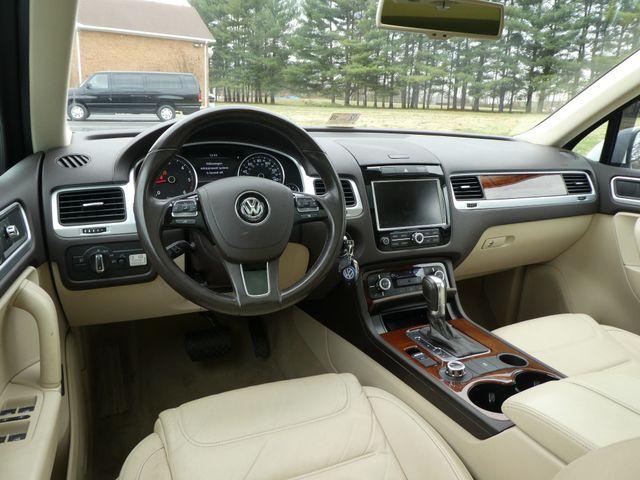 2013 Volkswagen Touareg Lux Leesburg, Virginia 14