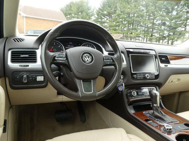 2013 Volkswagen Touareg Lux Leesburg, Virginia 15