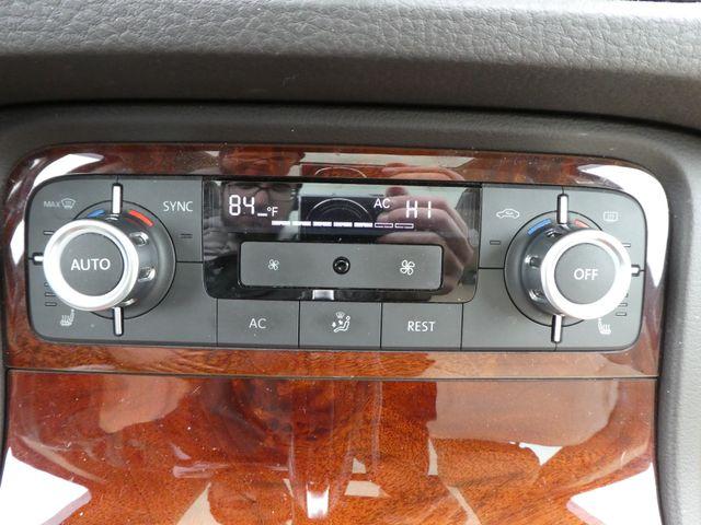 2013 Volkswagen Touareg Lux Leesburg, Virginia 30
