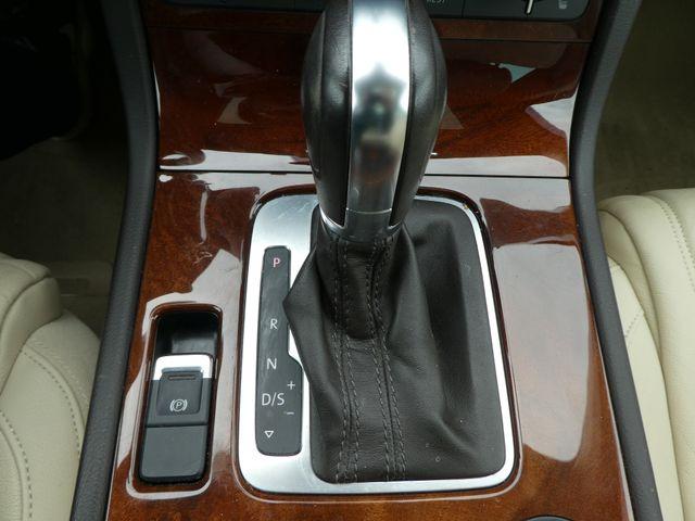 2013 Volkswagen Touareg Lux Leesburg, Virginia 32
