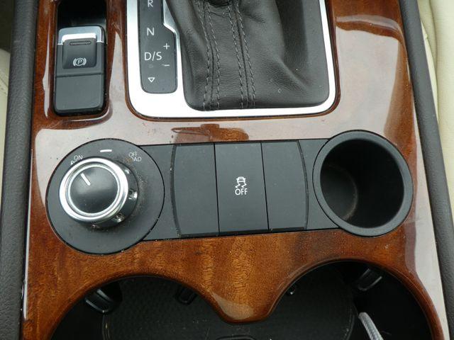 2013 Volkswagen Touareg Lux Leesburg, Virginia 33