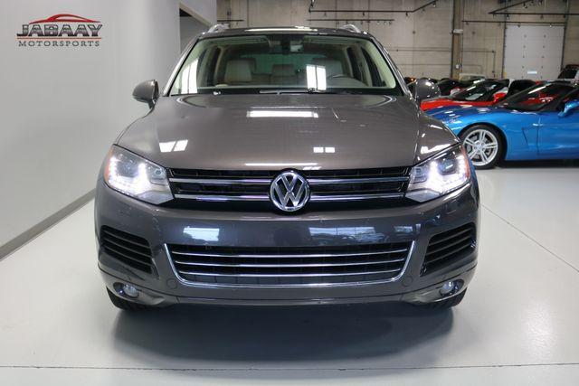 2013 Volkswagen Touareg Sport w/Nav Merrillville, Indiana 7