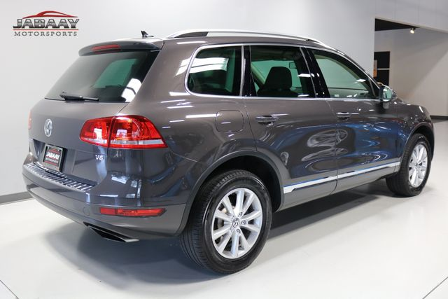2013 Volkswagen Touareg Sport w/Nav Merrillville, Indiana 4