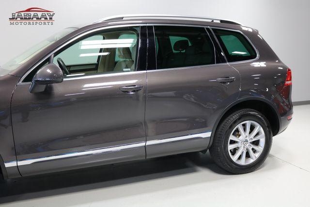 2013 Volkswagen Touareg Sport w/Nav Merrillville, Indiana 34