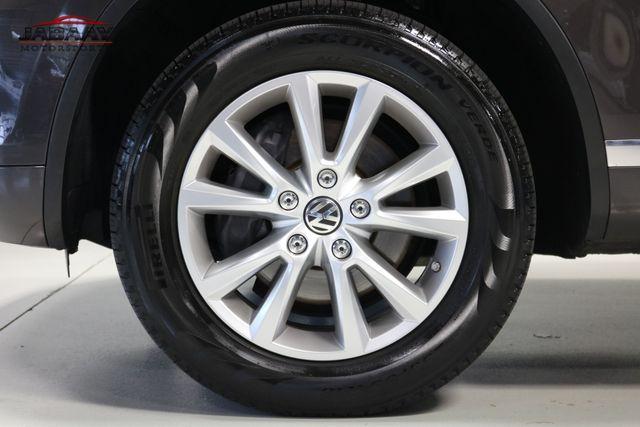 2013 Volkswagen Touareg Sport w/Nav Merrillville, Indiana 45