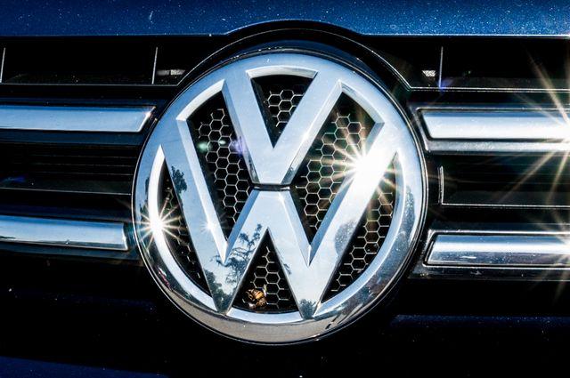 2013 Volkswagen Touareg Lux - Navi - Rear View Camera - Xenon Reseda, CA 51